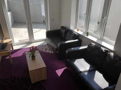 Photo for 4 bedroom newly furnished house cork city