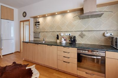 FULLY EQUIIPPED KITCHEN