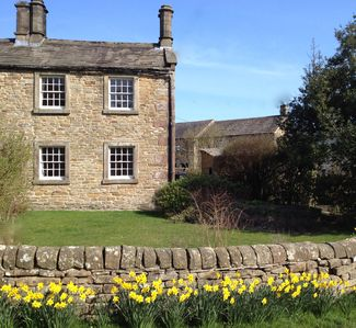 Vicarage Cottage, Hollinsclough, 6 miles from Buxton.
