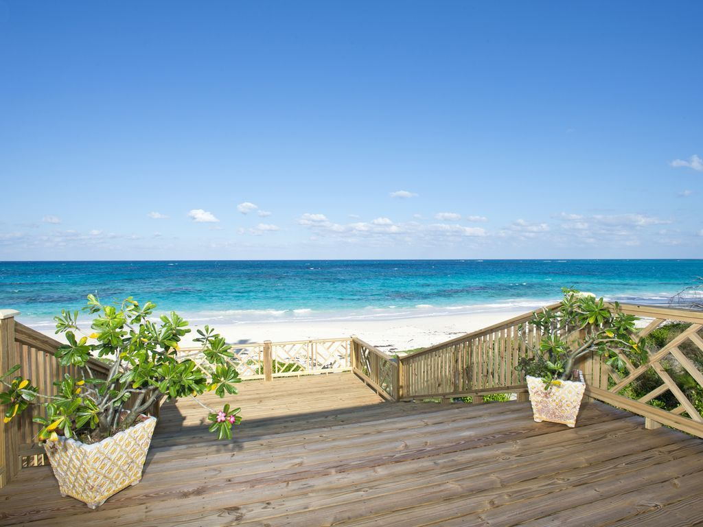 New totally secluded romantic beachfront cottage on for Beachfront cottage