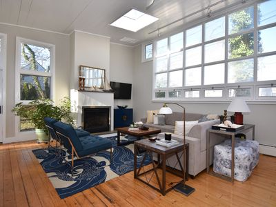 Photo for Cool Loft like 2 Bed 2 Bath with parking in Convenient East End location.