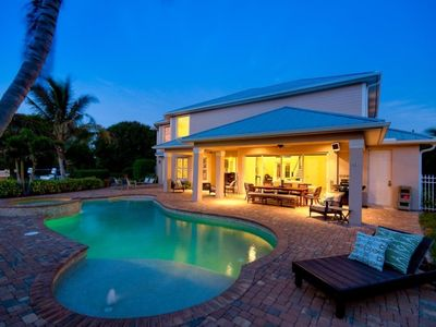 Photo for Beautiful Home near Edison Winter home in  Fort Myers, miin to golf, river access, oversized pool wi