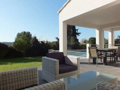 Photo for Large villa with pool, quiet, between sea and back Héraultais country.