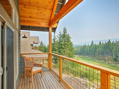 Photo for Cle Elum Home w/ Loft - Walk to Golf & Hiking!
