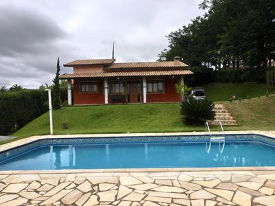 Photo for Country house in gated community in Ibiúna, with pool and barbecue.