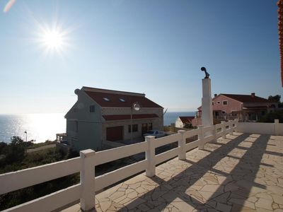 Photo for One bedroom apartment with terrace and sea view Zavalatica (Korčula)