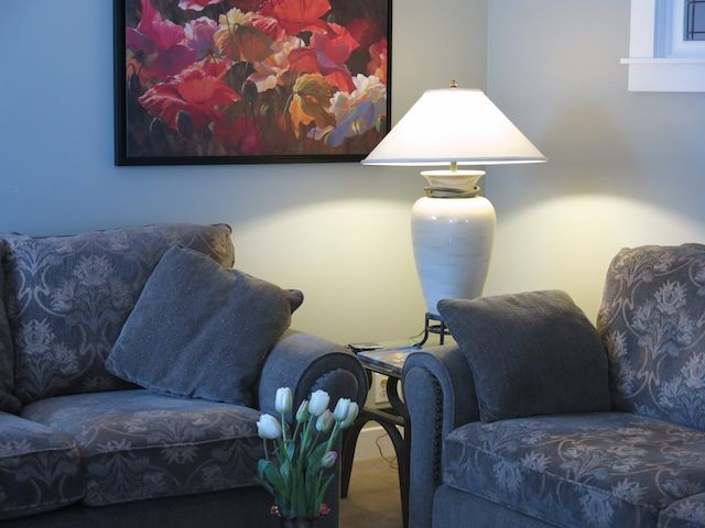 Natural Surroundings, Quiet And Comfortable, Central Location