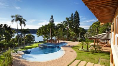 Photo for Beautiful house in the heart of Ibiúna dam
