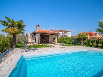 Photo for This 2-bedroom villa for up to 5 guests is located in Porec and has a private swimming pool, air-con