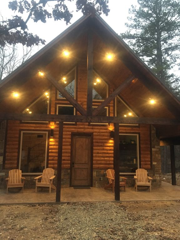 New Luxury Cabin Pool Table Hot Tub Wifi Broken Bow