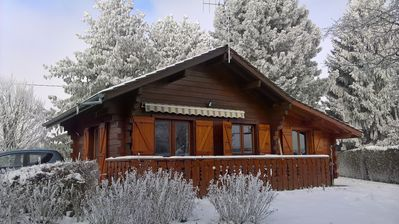 """Photo for """"LA CHENEAU"""" Independent chalet and garden"""