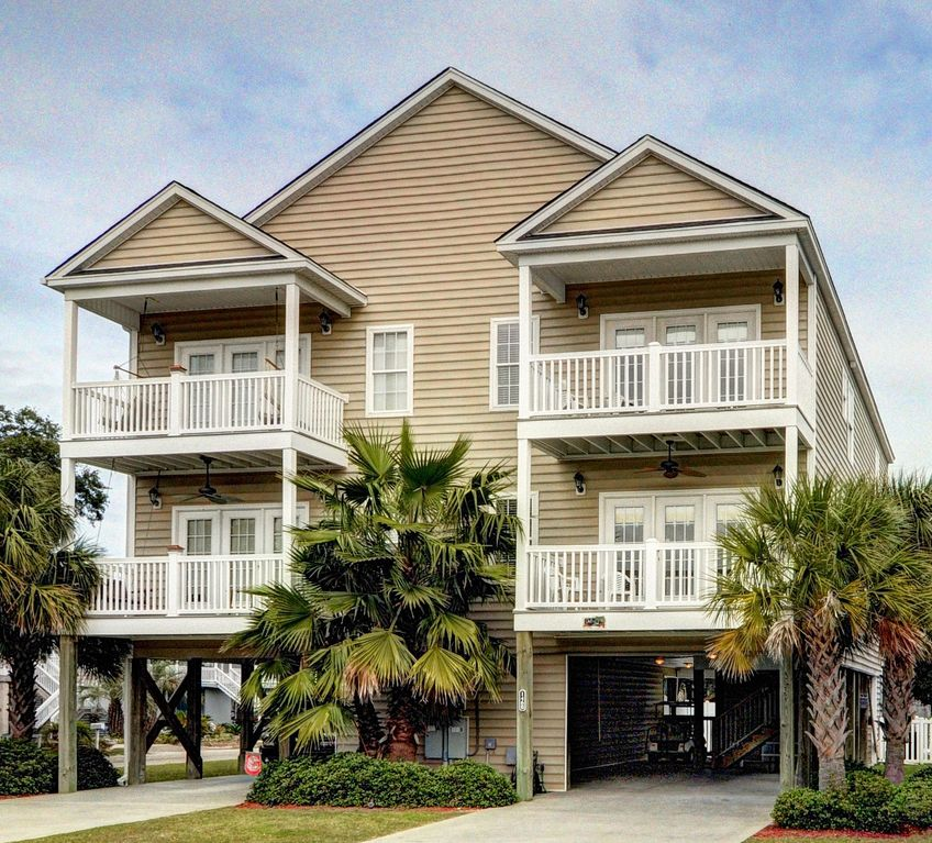 Garden City Beach House, Ocean View,  - Homeaway Garden City