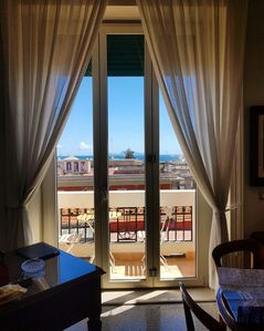 Photo for Independent apartment of about 100 sqm on fourth floor. Naples center