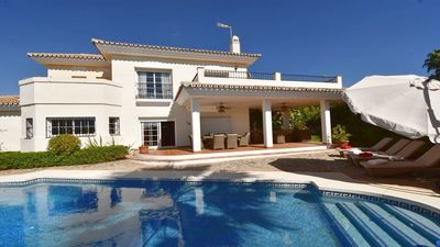 Photo for Luxurious Villa rental with private heated pool