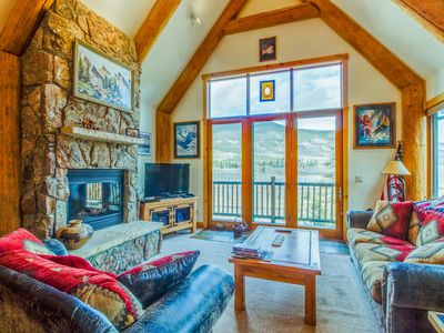 Photo for Well-appointed mountain townhome w/ jetted tub, private hot tub, & shared pool