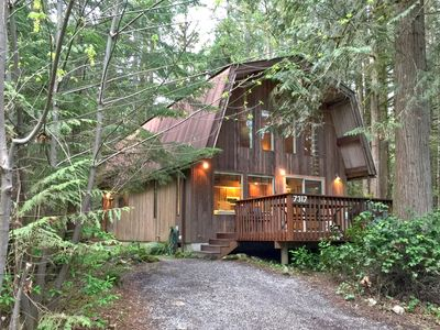 Photo for Glacier Springs Cabin #8 - Private cabin with a sauna! Pet friendly & WiFi!