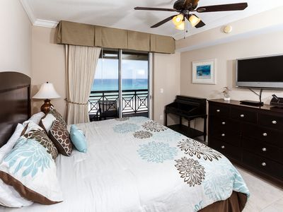 Master Bedroom - Wake up to the sounds of the Gulf!