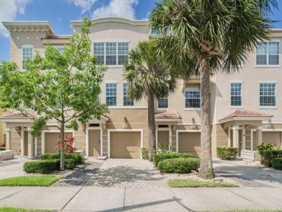Photo for Vista Cay 3 Bedrooms 3.5 Baths CLOSEST to Universal/Convention Center/Seaworld