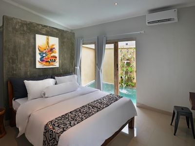 Photo for Beautiful & Bright Villa ★ 2 King-Sized Beds ★ Private Pool