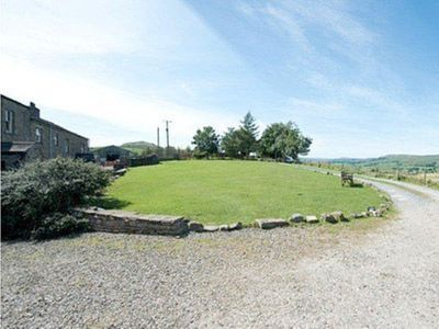 Photo for 2 bedroom property in Hawes. Pet friendly.