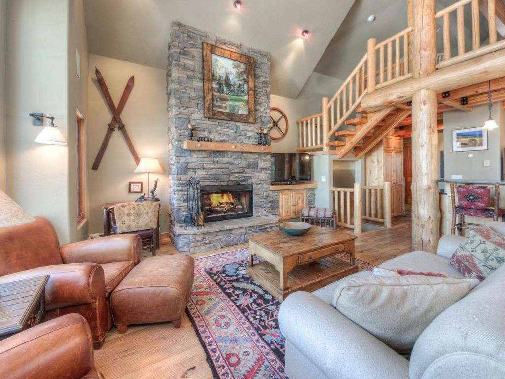 Charming Property Image#5 Gorgeous Mountain Home With Direct Ski In Ski Out Access