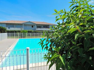 Photo for Villa in secure residence with pool -Lac de cazaux- Bassin d'Arcachon