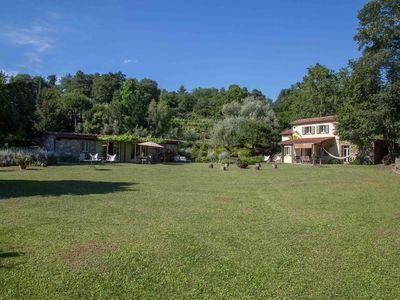 Photo for Pian della Chiesa - woods, wine, nature, trails, sea and private pool