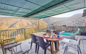 Search 464 holiday lettings