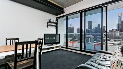 Photo for Cool Urban Southbank Apartment