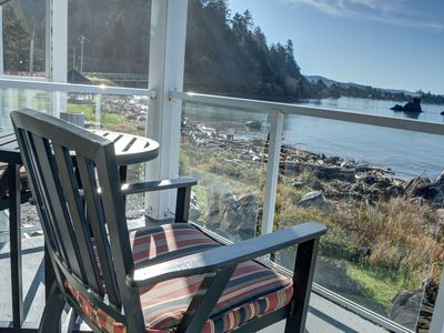Photo for Perfectly located 2nd floor condo for your next trip to Lincoln City, Oregon!