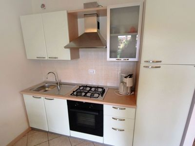 Photo for Cosy apartment for 6 guests with pool, hot tub, A/C and TV