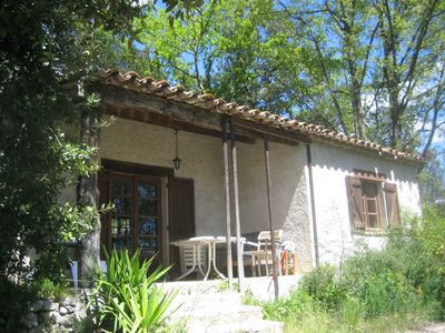 Photo for Small house between Grasse and Lake Saint Cassien