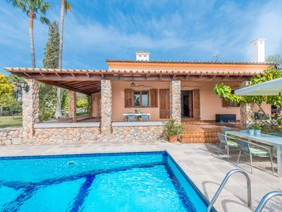 Photo for Villa Feliz: Villa with garden, pool and sea view