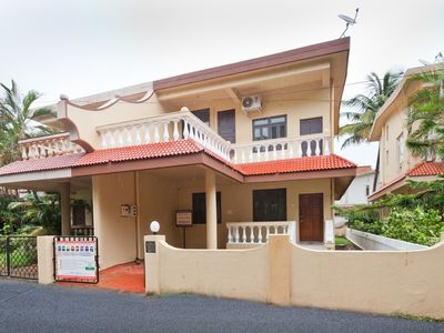 Photo for Siesta by the Sea - 2 minutes walk to Candolim Beach