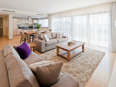 Photo for Luxury modern, spacious apartment - Premier nº 38