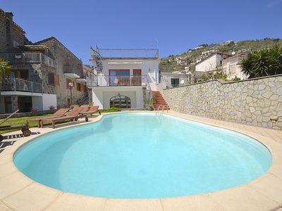 Photo for 3 bedroom Villa, sleeps 7 in Nerano with Pool, Air Con and WiFi