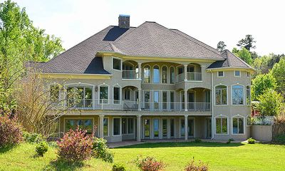 5BR/6.5BA Luxury Lakeside Estate, Dock,  Multiple Private Suites with Balconies and Views!