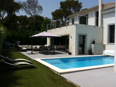 Photo for Luxury villa in Saint-Raphael, 200 m from the sea, pool, ideal for 4 couples