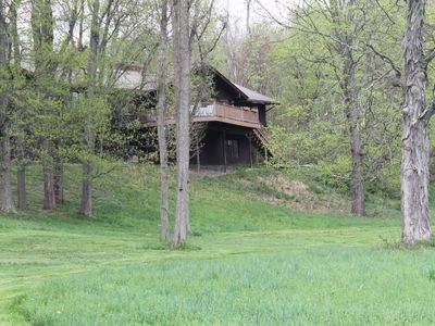 Beautiful Getaway 90 miles outside city on 7 acres, with Pool