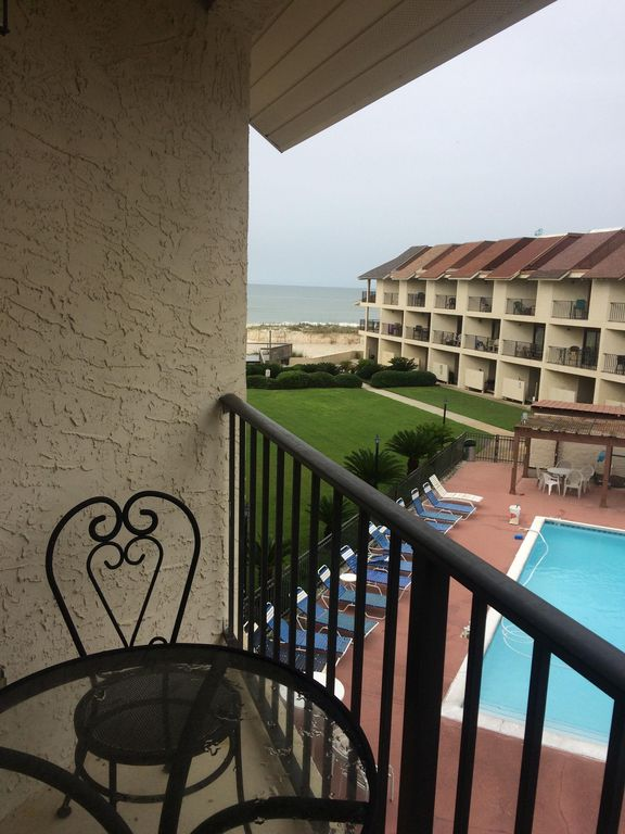 Two bedroom beachfront townhome within walking distance to all the hotspots