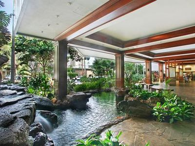 Photo for 1BR Suite w/ Kitchen, Private Lanai, Resort Pool- Blocks from Waikiki Beach
