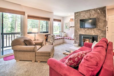 Escape to marvelous Mammoth Lakes and stay at this vacation rental condo!