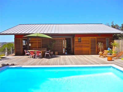 Photo for Contemporary villa with pool in Nice