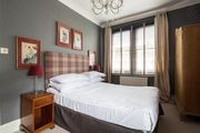 London Home 187, Enjoy a Holiday of a Lifetime Renting Your Own Private London Home - Studio Villa, Sleeps 8