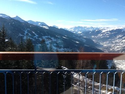 Photo for Central Arcs 1800 - feet of slopes; sleeps 6 - breathtaking view on the valley