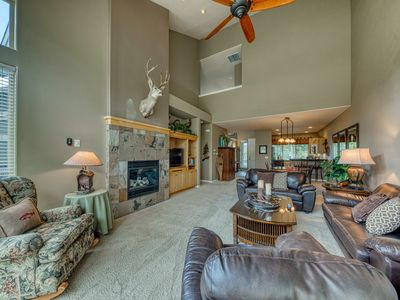 Photo for Beautiful dog-friendly townhouse w/ private hot tub and shared resort amenities!