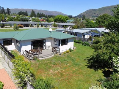 Photo for 2 bedroom house in central wanaka