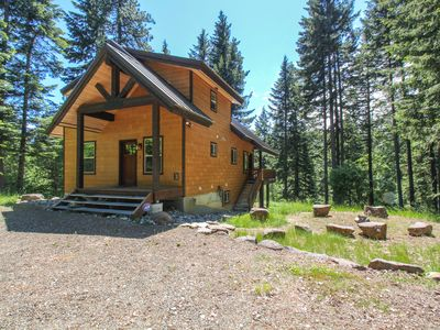 Classic mountain cabin in the woods just steps from the river!