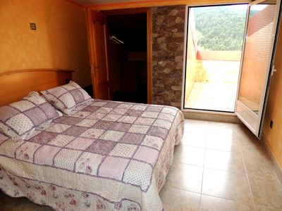 Photo for Mountain view the Mirador with terrace in Clavijo, La Rioja, Wifi, 45 meters