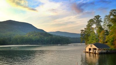 Photo for Summer Specials!!! Best Waterfront on Lake Lure. Family Fun!